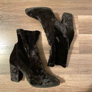 Crushed velvet black heel sock booties